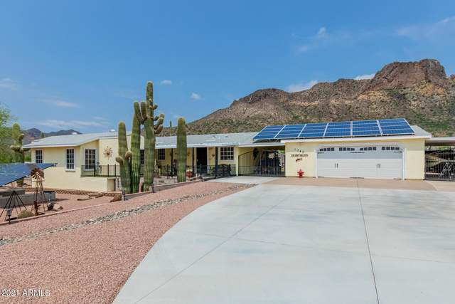 1340 W Tonto Street, Apache Junction, AZ 85120 (MLS #6281871) :: Klaus Team Real Estate Solutions