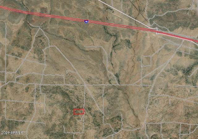 XXXX N Wooden Wheel Road, Ash Fork, AZ 86320 (MLS #6287752) :: Executive Realty Advisors