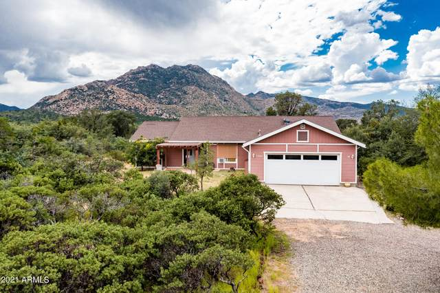 7740 N Boxwood Drive, Prescott, AZ 86305 (MLS #6289220) :: Yost Realty Group at RE/MAX Casa Grande
