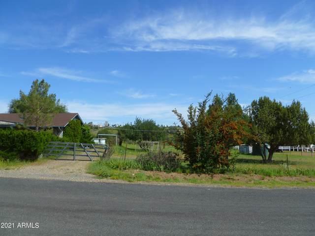 9230 E Smoki Trail, Dewey, AZ 86327 (MLS #6289753) :: Elite Home Advisors