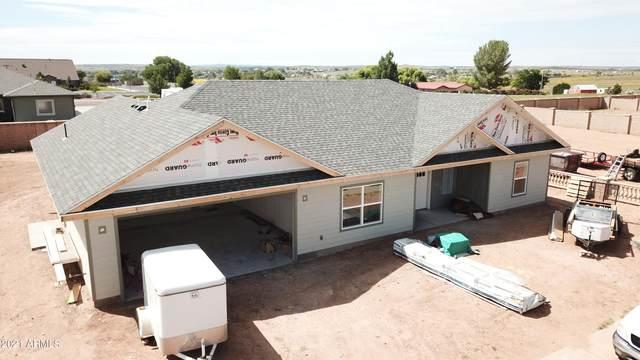 425 W Pennant Lane, Taylor, AZ 85939 (MLS #6290461) :: Yost Realty Group at RE/MAX Casa Grande
