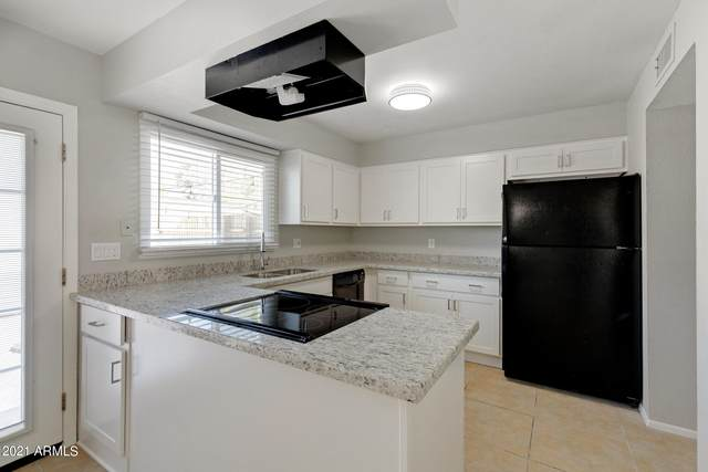 6617 S Granada Drive, Tempe, AZ 85283 (MLS #6294184) :: Hurtado Homes Group