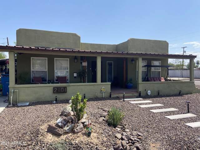 2101 N 24TH Place, Phoenix, AZ 85008 (MLS #6295996) :: TIBBS Realty