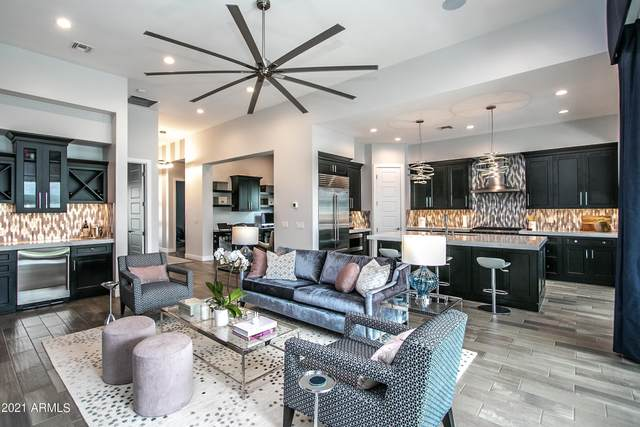 3917 E Crittenden Lane, Phoenix, AZ 85018 (MLS #6296006) :: Yost Realty Group at RE/MAX Casa Grande