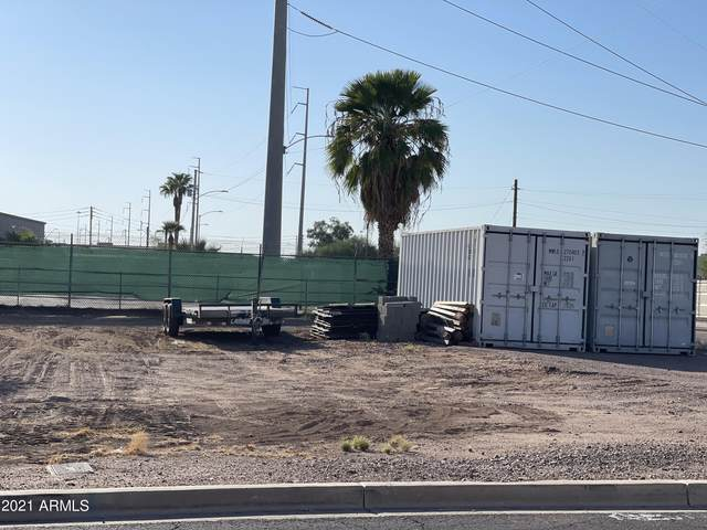 2256 N 21st Drive, Phoenix, AZ 85009 (MLS #6297040) :: The Copa Team | The Maricopa Real Estate Company