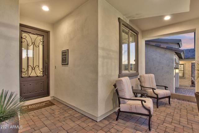 2098 E Warbler Road, Gilbert, AZ 85297 (MLS #6299081) :: The Daniel Montez Real Estate Group