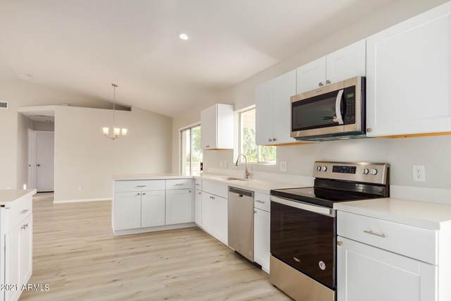 19233 W Windsor Avenue, Buckeye, AZ 85396 (MLS #6299652) :: Long Realty West Valley