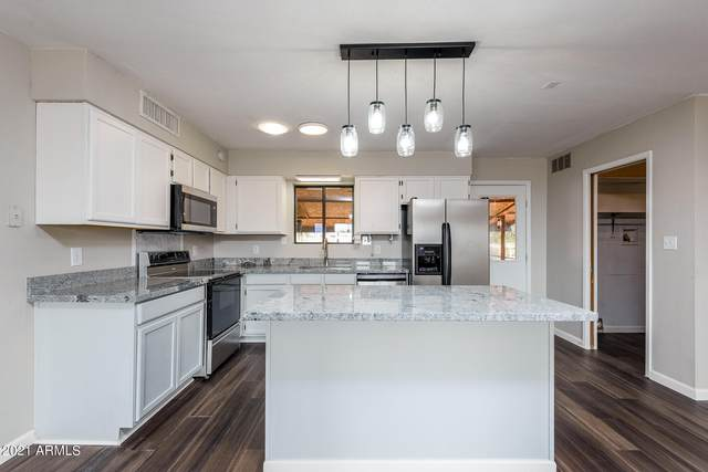 10820 E La Salle Street, Mesa, AZ 85208 (MLS #6299809) :: Yost Realty Group at RE/MAX Casa Grande