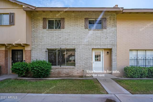 6749 N 44TH Avenue, Glendale, AZ 85301 (MLS #6300461) :: Klaus Team Real Estate Solutions