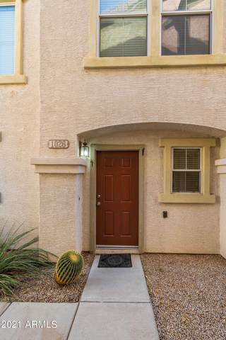 9233 E Neville Avenue E #1026, Mesa, AZ 85209 (MLS #6300882) :: Yost Realty Group at RE/MAX Casa Grande