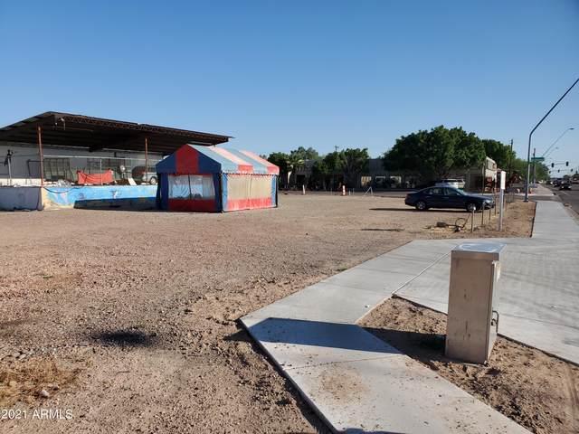 249 S Alma School Road, Mesa, AZ 85210 (MLS #6301797) :: D & R Realty LLC