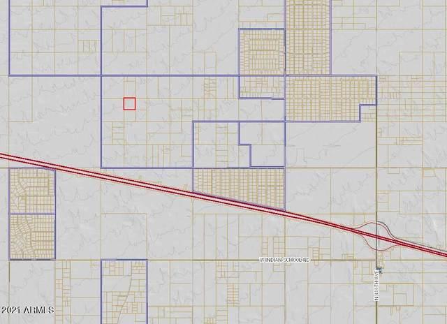 43200 W Montebello Avenue, Tonopah, AZ 85354 (MLS #6301870) :: Klaus Team Real Estate Solutions