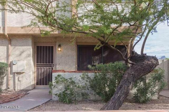 3411 N 12TH Place #6, Phoenix, AZ 85014 (MLS #6302509) :: CANAM Realty Group