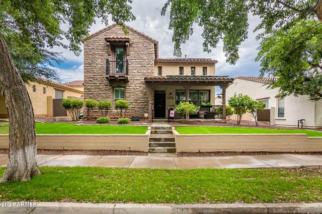 21114 W Court Street, Buckeye, AZ 85396 (MLS #6303717) :: Klaus Team Real Estate Solutions