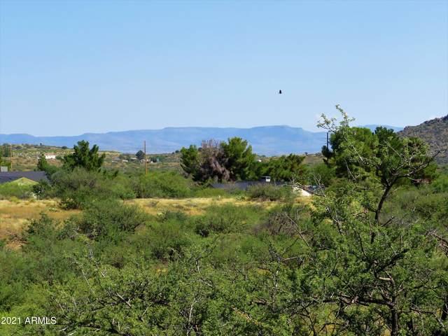 17001 E Spring Valley Road, Mayer, AZ 86333 (MLS #6303883) :: Klaus Team Real Estate Solutions