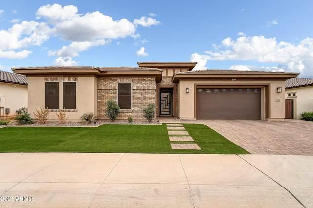 2181 E Aquarius Place, Chandler, AZ 85249 (MLS #6305353) :: Elite Home Advisors