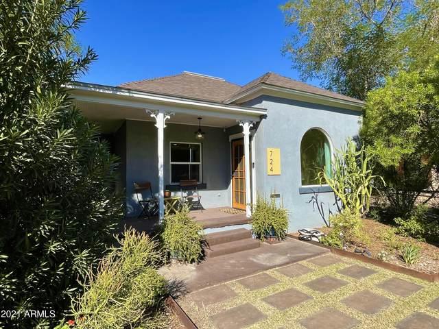724 E Portland Street, Phoenix, AZ 85006 (MLS #6308256) :: The Bole Group | eXp Realty