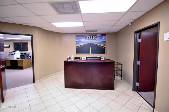 2222 S Dobson Road #1, Mesa, AZ 85202 (MLS #6308699) :: Fred Delgado Real Estate Group