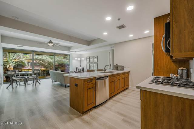 7137 E Rancho Vista Drive #3004, Scottsdale, AZ 85251 (MLS #6309411) :: The Garcia Group