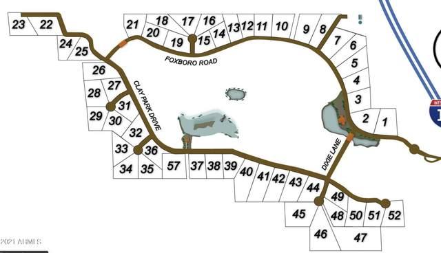 17976 S Dixie Lane, Munds Park, AZ 86017 (MLS #6311618) :: Power Realty Group Model Home Center