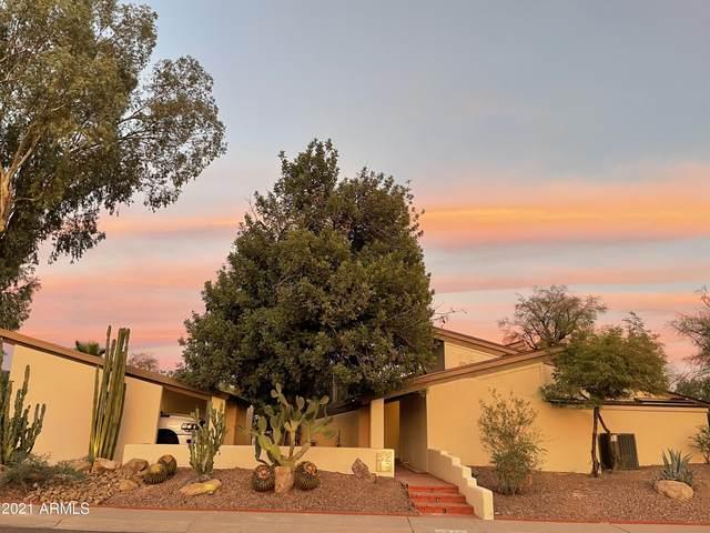 3219 E Minnezona Circle, Phoenix, AZ 85018 (MLS #6312056) :: The Ethridge Team