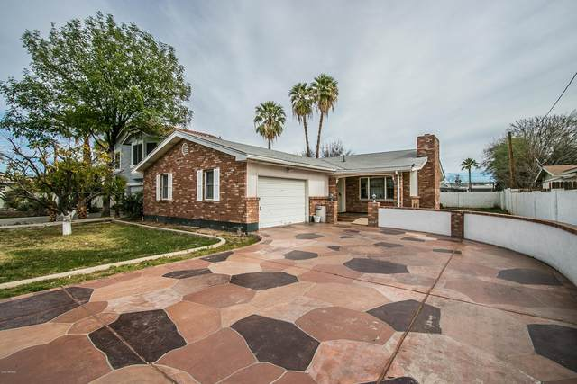 303 S Pioneer, Mesa, AZ 85204 (MLS #6313227) :: CANAM Realty Group