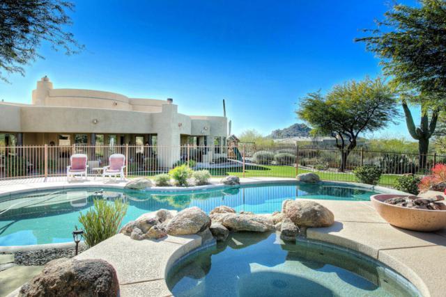 8366 E Eagle Feather Road, Scottsdale, AZ 85266 (MLS #5625120) :: 10X Homes