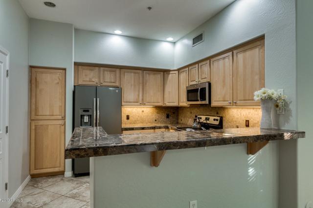 2989 N 44th Street #1003, Phoenix, AZ 85018 (MLS #5675935) :: 10X Homes