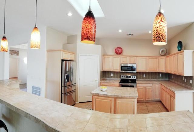 17929 W Buena Vista Drive, Surprise, AZ 85374 (MLS #5705211) :: Desert Home Premier
