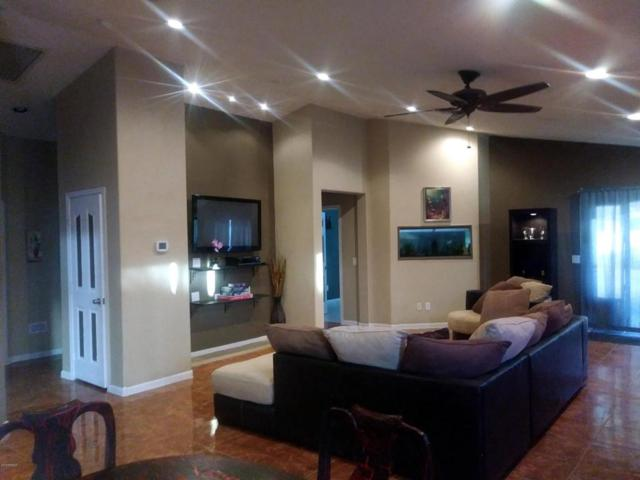 6919 N 73RD Drive, Glendale, AZ 85303 (MLS #5718792) :: The Everest Team at My Home Group