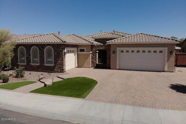 948 E Clovefield Street, Gilbert, AZ 85298 (MLS #5759815) :: Devor Real Estate Associates