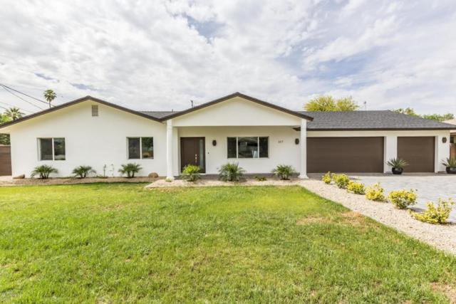 317 E Berridge Lane, Phoenix, AZ 85012 (MLS #5761924) :: Lux Home Group at  Keller Williams Realty Phoenix