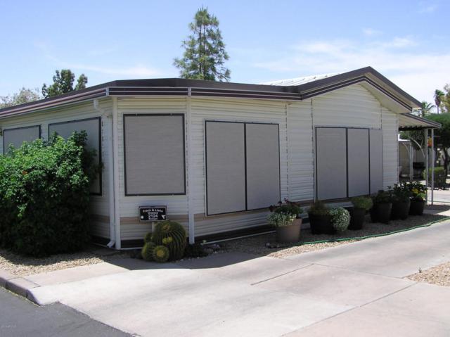 17200 W Bell Road #2124, Surprise, AZ 85374 (MLS #5764704) :: The Daniel Montez Real Estate Group