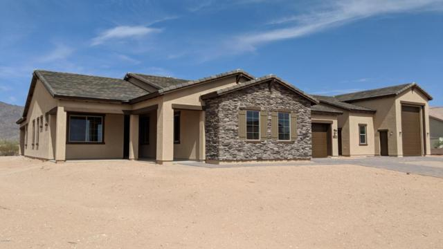 8432 N 194TH Drive, Waddell, AZ 85355 (MLS #5796689) :: Kelly Cook Real Estate Group