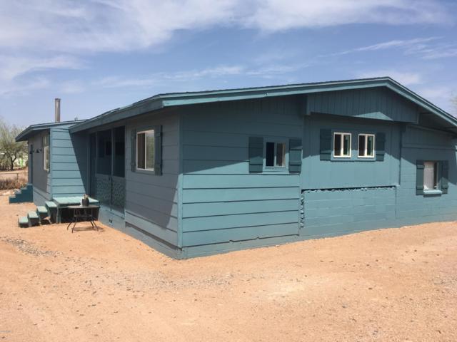 1022 W Escondido Court, Apache Junction, AZ 85120 (MLS #5802978) :: The Garcia Group