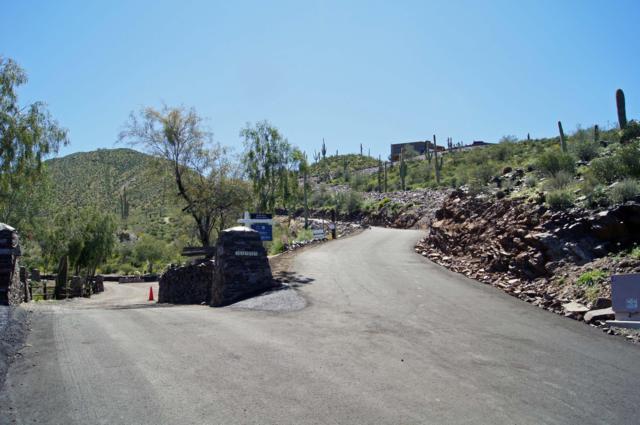 37350 N School House Road, Cave Creek, AZ 85331 (MLS #5806772) :: The Laughton Team