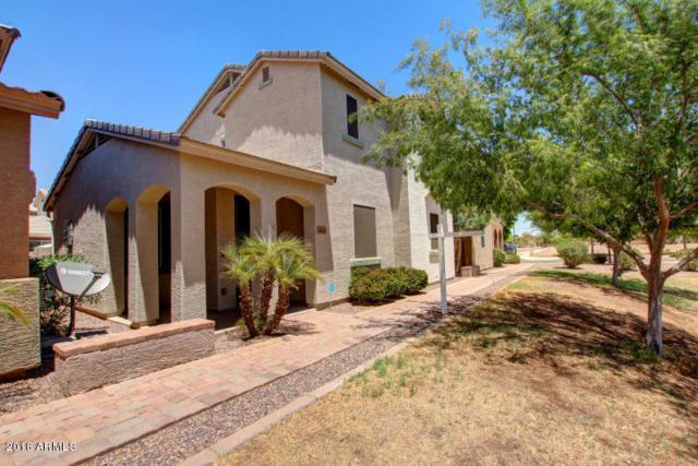 3842 S 54TH Glen, Phoenix, AZ 85043 (MLS #5811687) :: The W Group