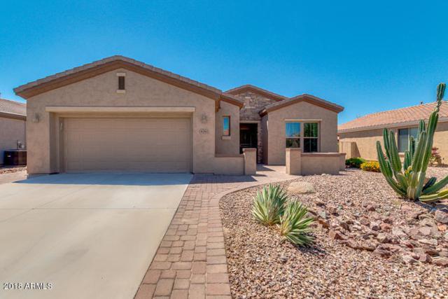 4081 E Carob Drive, Gilbert, AZ 85298 (MLS #5812764) :: Keller Williams Realty Phoenix