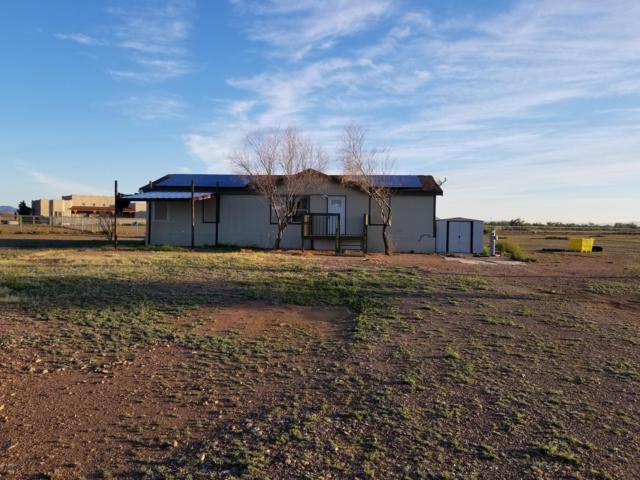 3557 N Saddle Vista Road, Tonopah, AZ 85354 (MLS #5813115) :: Brett Tanner Home Selling Team