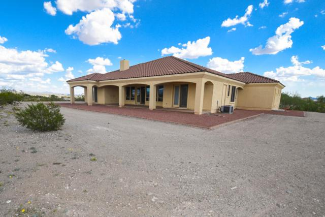 34885 S Nine Iron Ranch Road, Wickenburg, AZ 85390 (MLS #5818343) :: Santizo Realty Group