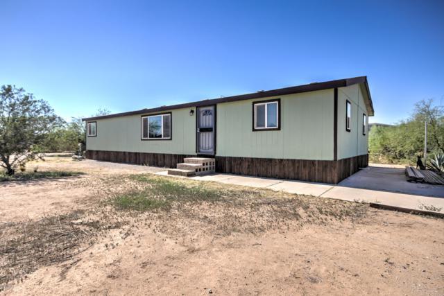 4390 E Triple Crown Drive, San Tan Valley, AZ 85140 (MLS #5819035) :: The Garcia Group