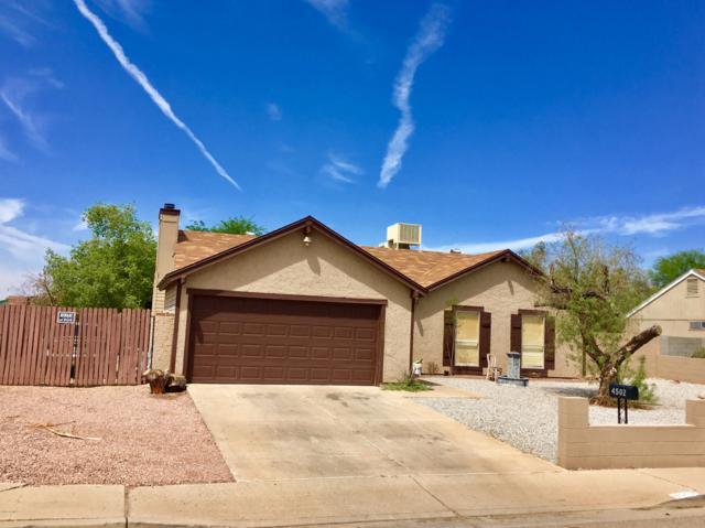4502 N 77TH Drive, Phoenix, AZ 85033 (MLS #5822343) :: Yost Realty Group at RE/MAX Casa Grande