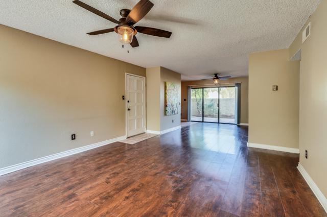 4950 N Miller Road #103, Scottsdale, AZ 85251 (MLS #5824288) :: The Daniel Montez Real Estate Group