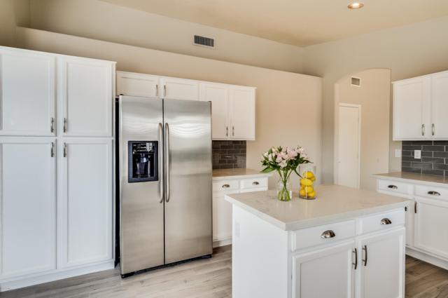 28421 N 46TH Street, Cave Creek, AZ 85331 (MLS #5826058) :: Gilbert Arizona Realty