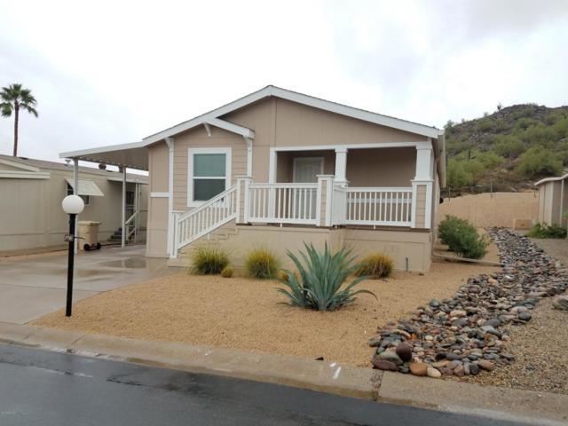 2233 E Behrend Drive #198, Phoenix, AZ 85024 (MLS #5827568) :: The Garcia Group @ My Home Group