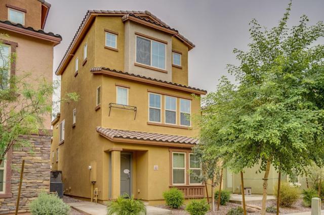 2032 N 77TH Lane, Phoenix, AZ 85035 (MLS #5828261) :: The Garcia Group
