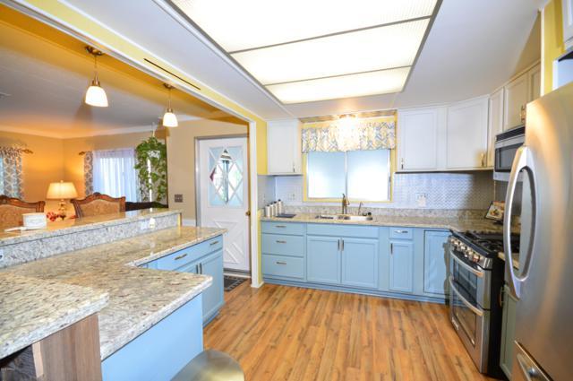 9407 E Edgewood Avenue, Mesa, AZ 85208 (MLS #5828782) :: The Daniel Montez Real Estate Group