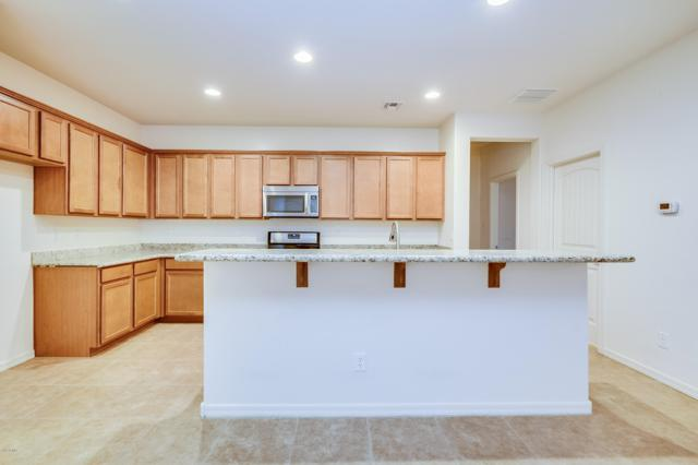 6178 N 78TH Drive, Glendale, AZ 85303 (MLS #5829737) :: The Garcia Group @ My Home Group
