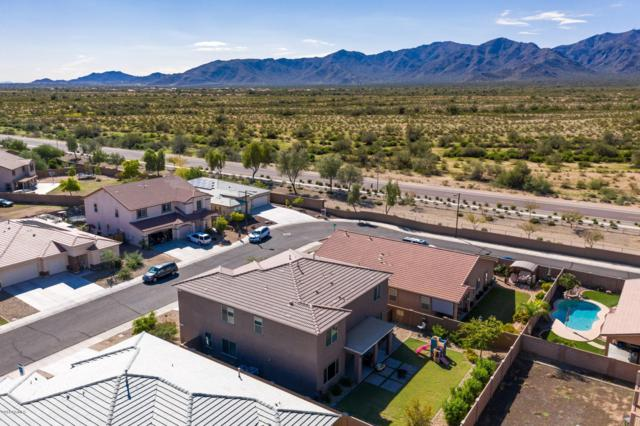 18642 W Mountain View Road, Waddell, AZ 85355 (MLS #5834308) :: Kortright Group - West USA Realty