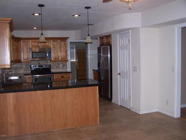 2033 W Palmaire Avenue, Phoenix, AZ 85021 (MLS #5834697) :: CC & Co. Real Estate Team